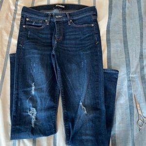 Express Jeans. Super Skinny mid rise. 6R